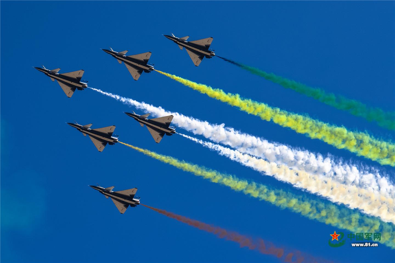 现场大图来了!镜头直击空军航空开放活动